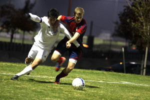 Soccer defeats Olathe North in first regional game