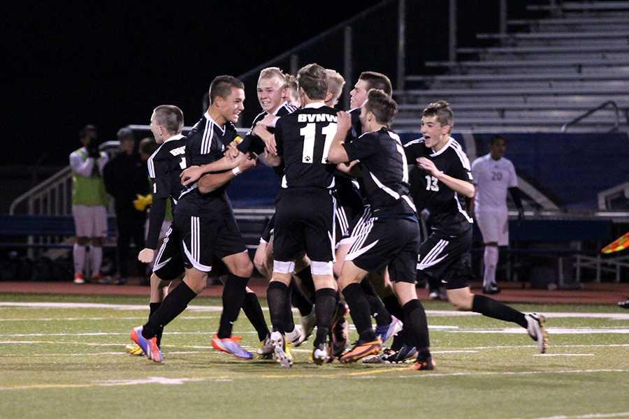 Boys soccer advances to the championship