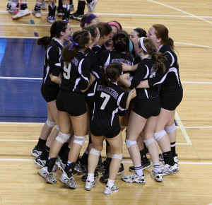 Volleyball defeats Olathe Northwest in the semifinals