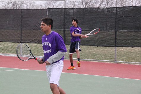 Boys varsity tennis competes at State