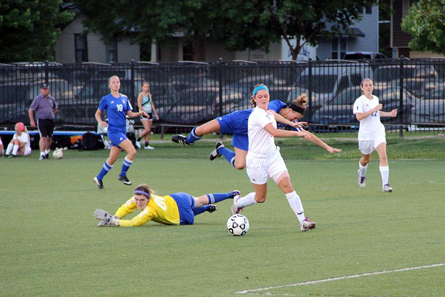 Girls soccer defeats Washburn Rural in state semifinals