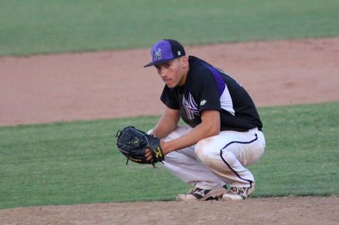 Varsity baseball loses Regionals to BVW