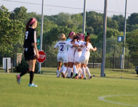 Girls soccer defeats BVH, becoming regional champions