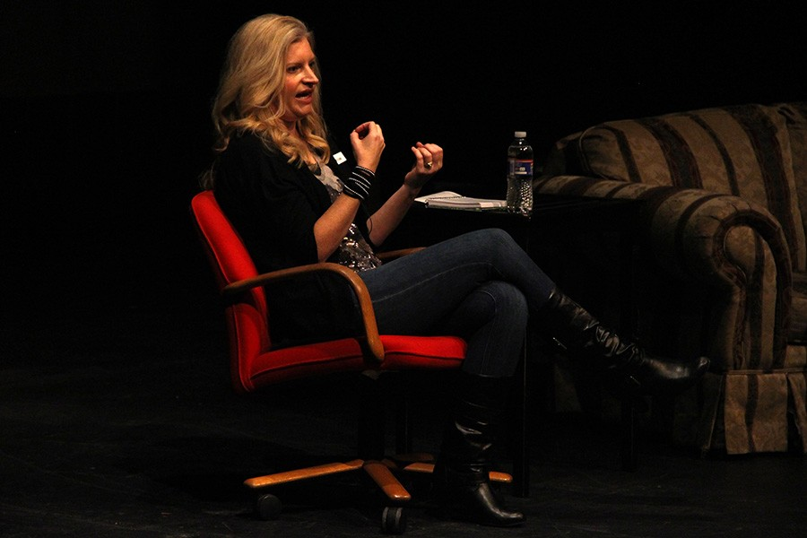 Author Amy Engel visits BVNW