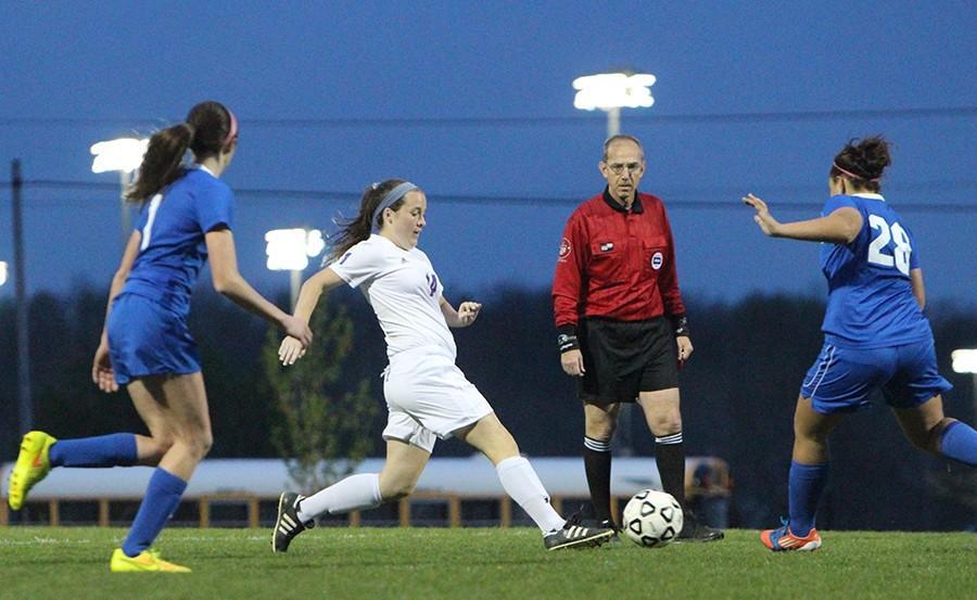 Photo gallery: girls varsity soccer vs. Gardner Edgerton