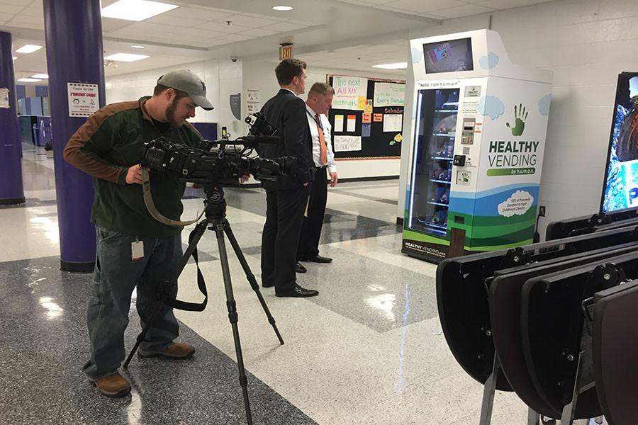 Congress plans to reconsider school lunches, news channel visits BVNW