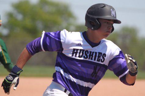 Baseball defeats SMS, 9-1