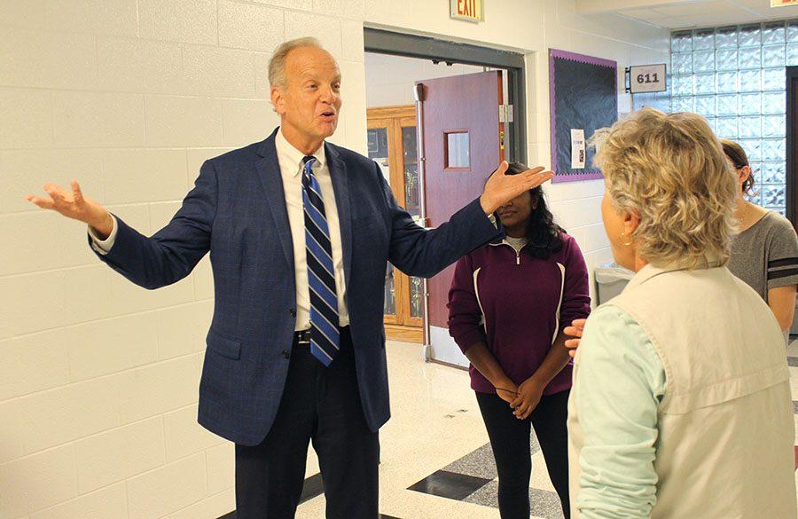 Sen. Jerry Moran visits BVNW