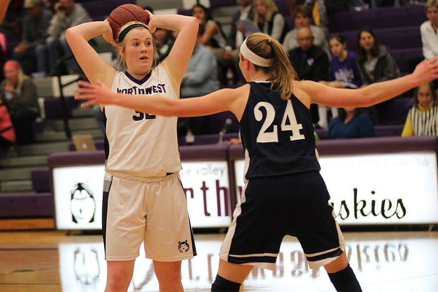 BVNW+drops+season-opener+against+Mill+Valley+in+overtime%2C+39-44