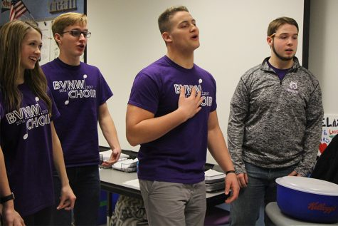 BVNW choir serenades students