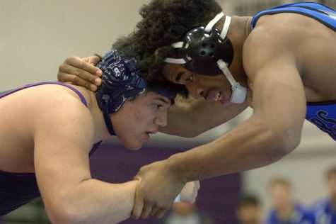 BVNW goes 2-0 in duals on Senior Night