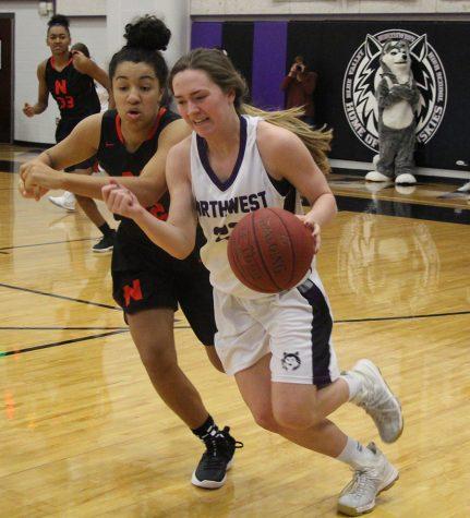 Girls Basketball vs Shawnee Mission North