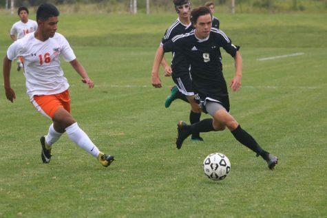 Gallery: BVNW tops SMNW, 3-1, in boys varsity soccer game