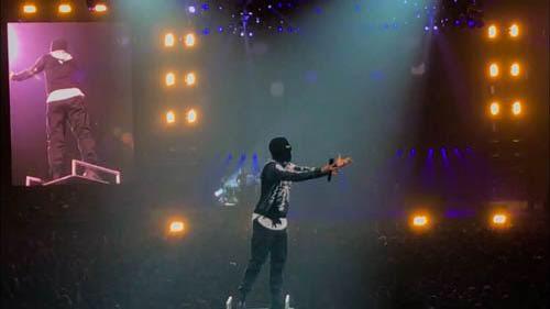 Twenty+One+Pilots%27+lead+singer+Tyler+Joseph+performs+at+their+concert+Nov.+21.+