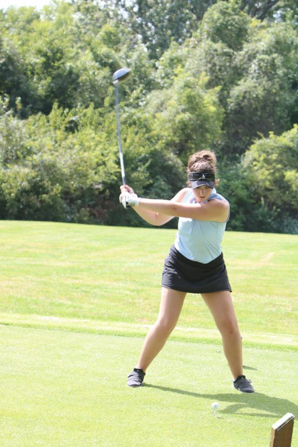 Senior Beth Shniderson winds up for a shot on Sep. 20.