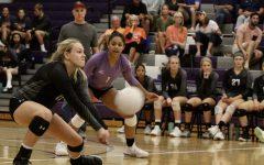 Husky volleyball defeats Mustangs, 3-1