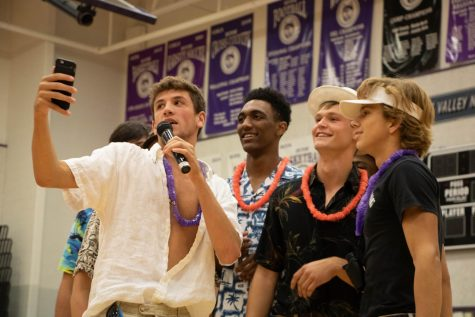 Gallery: Tacky tourist day