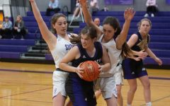 Late comeback effort falls short, BVNW girls basketball drops season-opener against Storm, 52-44
